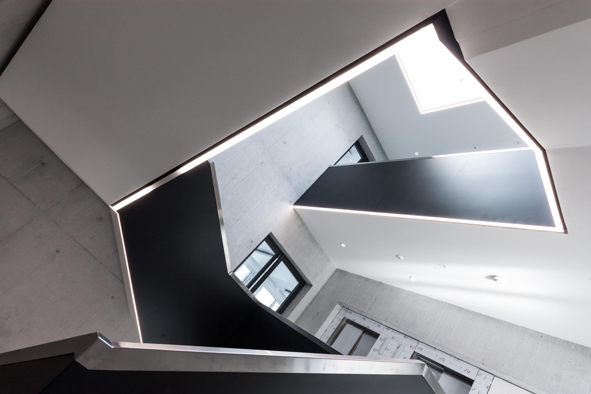 Die MerzGips AG hat beim grossen Umbau des Carba Centers in Bern Gipserarbeiten im Inneren des Gebäudes durchgeführt. Entstanden sind moderne, urbane Mischzonen-Räume.
