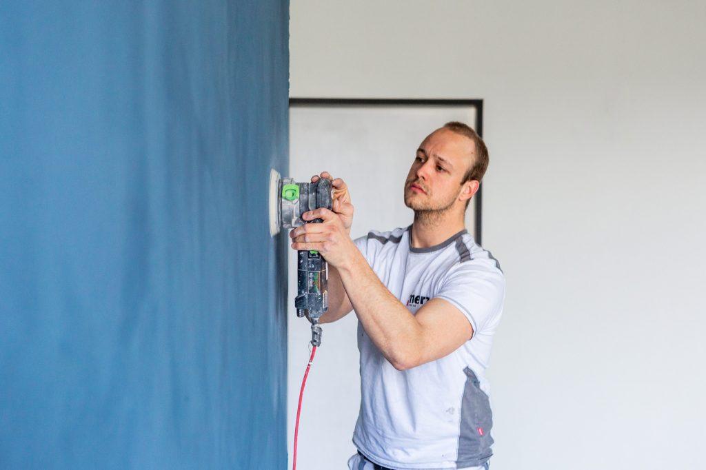 Die MerzGips AG bietet fugenlose Wand- und Bodenbeläge von Naturofloor by Sandmann an.